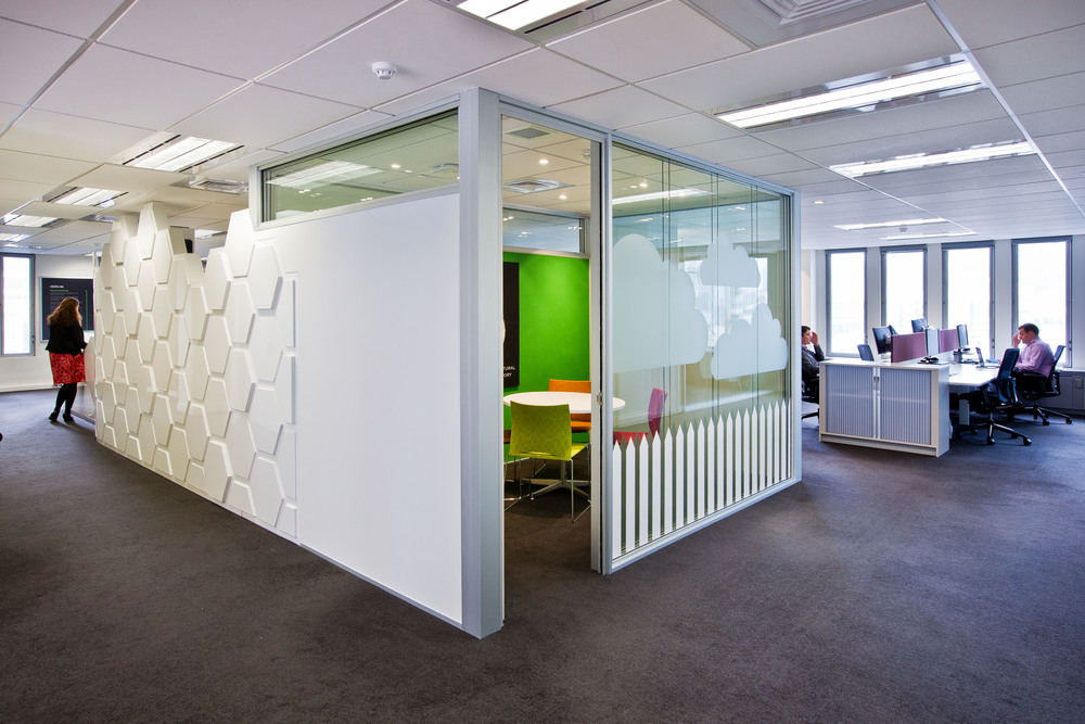 Abbvie Office Fitout AbbVie, a global biopharmaceutical company, wanted an environment that supported its innovative and collaborative working culture. They approached S&T for concepts to improve their current fitout to match their working style