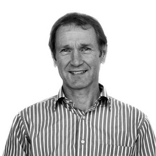 Malcolm Gardiner Malcolm Gardiner has an extensive background in architecture, including with Structon Group Limited as project architect until 1993, and as a Principal of Rosso Design until 1998. He has been a Principal of S&T since 1999.