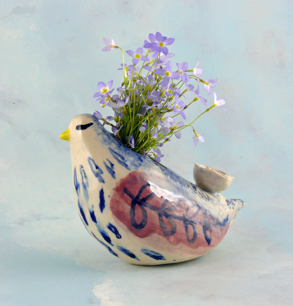 l_porcelain_bird_vase_kiffney2_edited-1.jpg