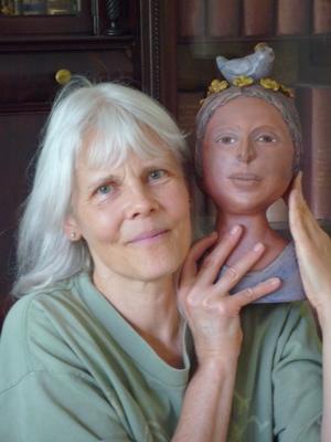 Carmen+with+sculpture+photo.jpg