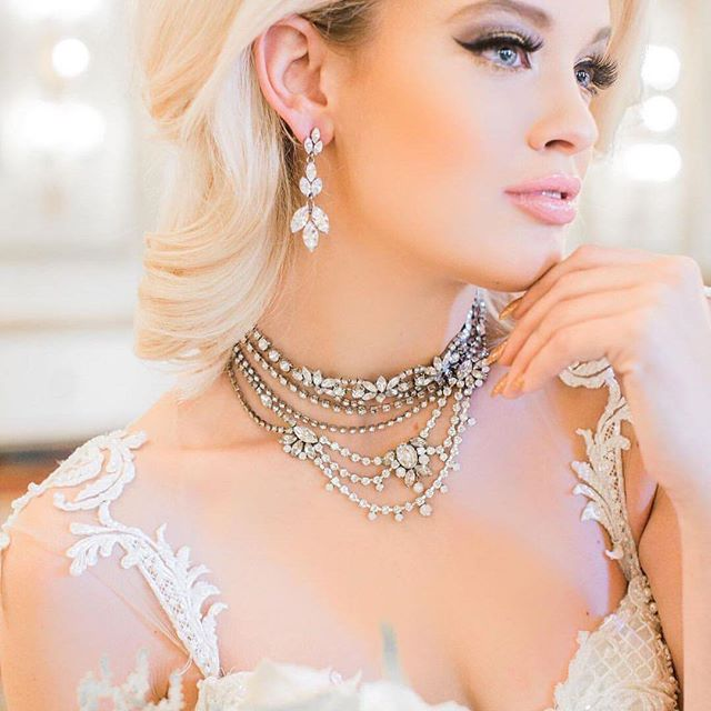 Repost @nomo.simplysweetphotography  I love @jewelietteshop.  Jewels are always stunning.  Stylist : @maudeaffair   @mohanieventdesign  Model : @daniellekattaylor @lukesykes13  Venue : @fairmontvan  Video : @lifestudiosinc  Jewels : @jewelietteshop  Dress Shop : @bisou_bridal  Gown : @galialahav  Red Gown : @valencienneto  Tux : @thetuxstore  Make Up : @jasminehoffman  Hair : @hairbybrands  Cake : @cakeandgiraffe  Calligraphy : @paperdamsels  #ElsaCorsi #vancouvergirl #vancouverjewelery #vancouverdesign #handmadejewelry #shoplocal #vancouvershopping #glamour #glamourgirl #aotd #jotd