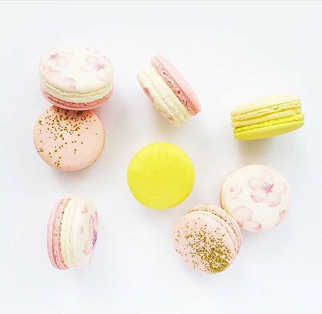These #CherryBlossom macarons are the cutest! Can't wait to eat them...I mean, photograph them on Monday with our jewels and @deniselinphoto 💗