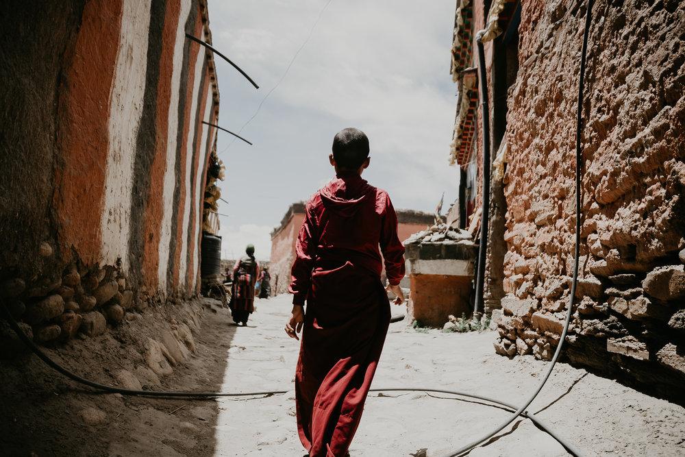Nepál_mniši_autor_MatejTrasak_6.jpg