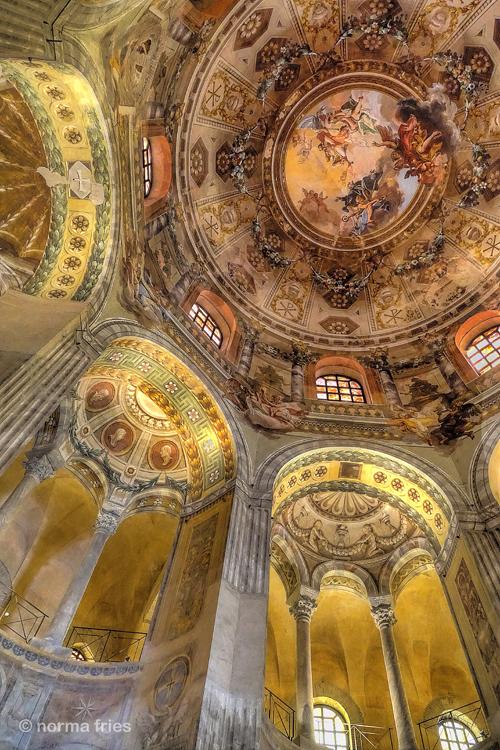 """IT287: """"Ravenna: Dome, San Vitale"""""""