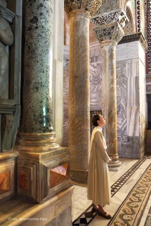 "IT285: ""Ravenna: Nun in awe of San Vitale mosaics"""