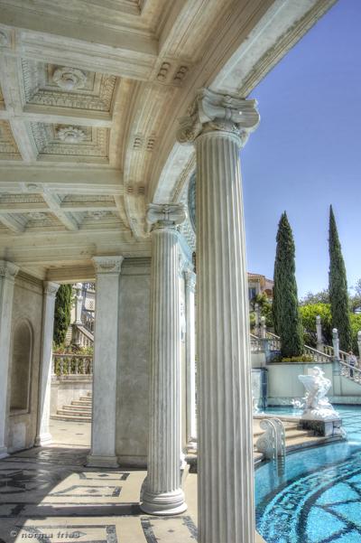 "NC604: ""Neo-classical columns"""