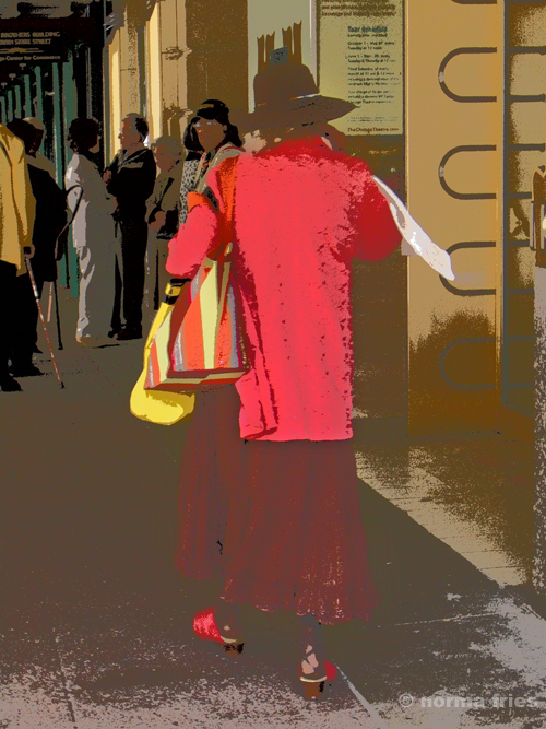 """TU710: """"Chicago"""" Woman in red"""""""