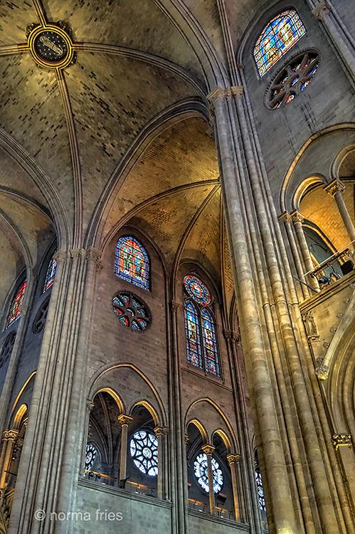 FR419 - Paris: Notre Dame