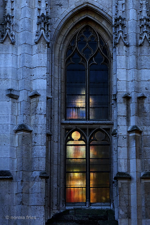 FR437: Twilight cathedral (Rouen, France)