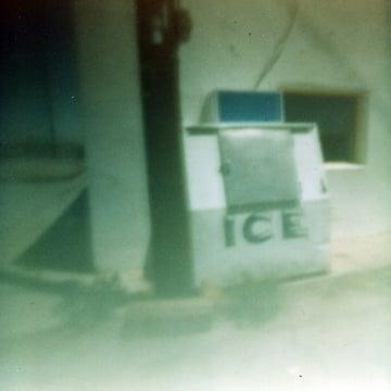 PinHole IceMachine