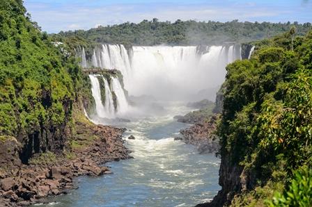IGUAZU-FALLS-ARGENTINIAN.jpg