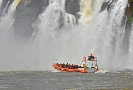 IGUASSU-FALLS-ARGENTINIAN-GUIDED-TOURS.jpg