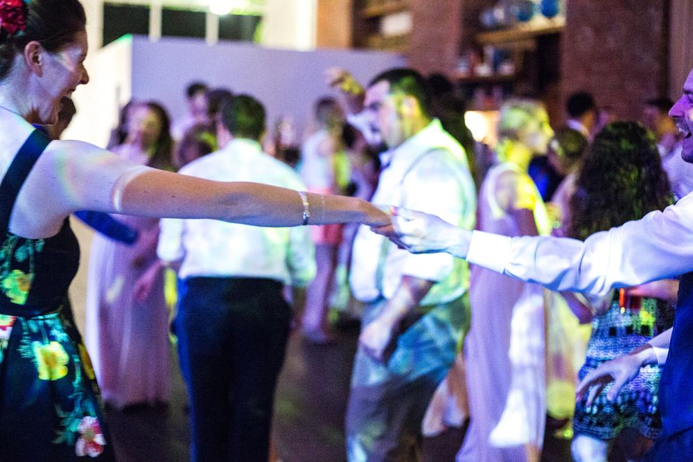 Dancing-107.jpg