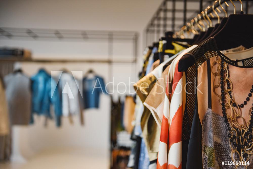 clothesonhangersinaretailshop.jpg
