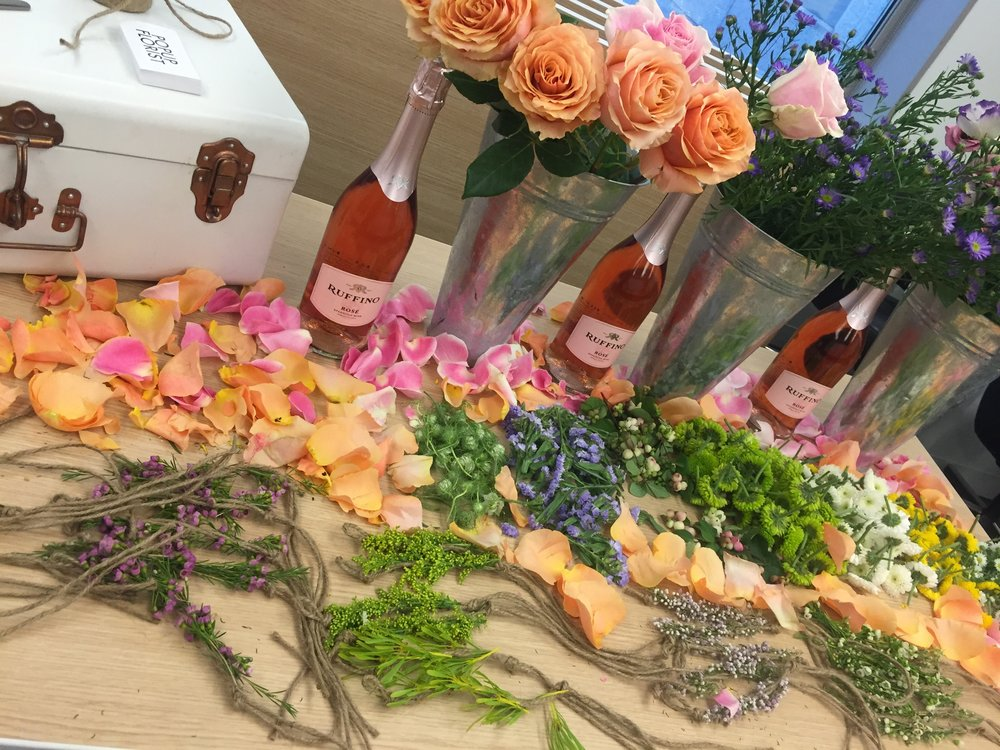 PEOPLE MAG Ruffino Happy Hour || Flower Bracelets