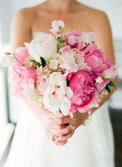 Photography:  Melanie Duerkopp   Floral Design:  Camelia Floral Design