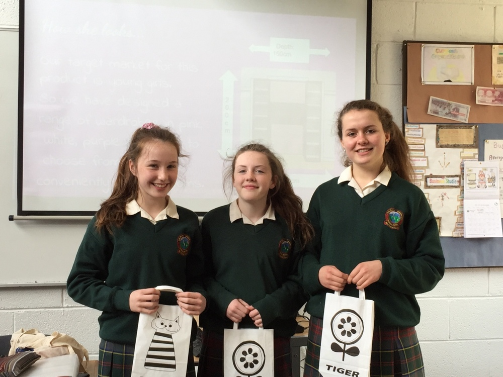 Eimear Harrington, Laura Doyle and Ellen Devine were given special recognition today for their marketing project as part of Mr Kirwan's first year business studies class. The students had to work in groups to invent a new product and prepare a presentation for the class, incorporating all aspects of their marketing strategy. The three girls went above and beyond their brief, even filming a video advertisement for their imaginary product, 'Wendy's Wardrobe'. The future looks bright for these budding entrepreneurs!