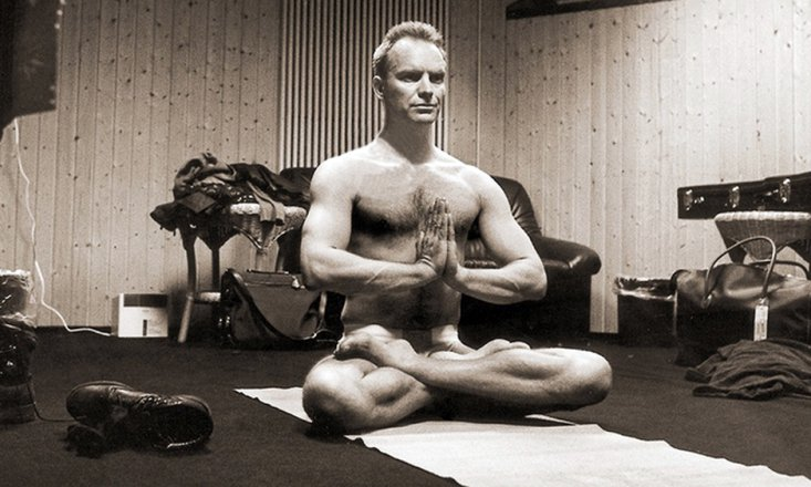 STING_10-Famous-Men-Who-Do-Yoga.jpg