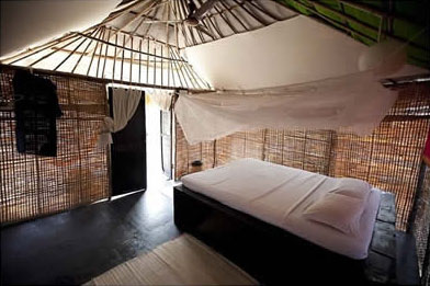 bamboo-accomodation.jpg