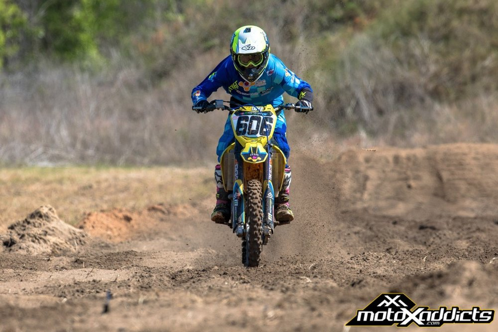 Earlier this year Chase Yocom from MotoXAddicts shot photos of Ronnie out at El-Chupacabra Ranch.