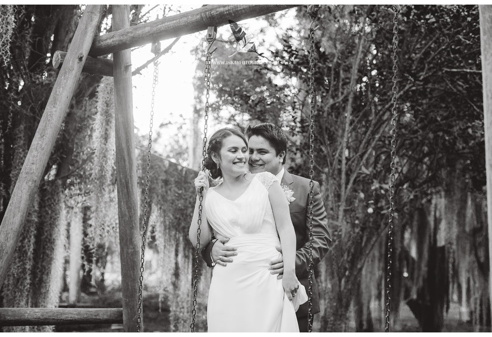 Laura & Guillermo - 16 - 9761.jpg