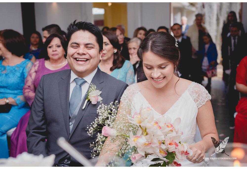 Laura & Guillermo - 06 - 9530.jpg