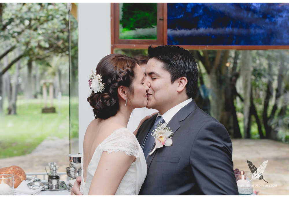 Laura & Guillermo - 05 - 9524.jpg