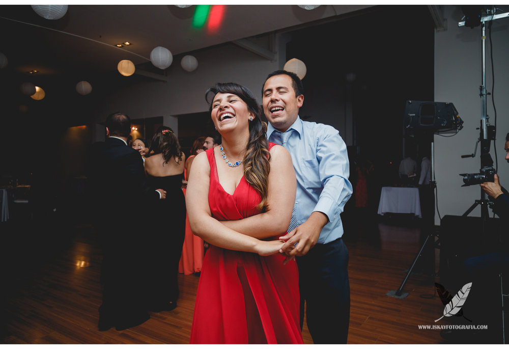Laura & Guillermo - 0202.jpg