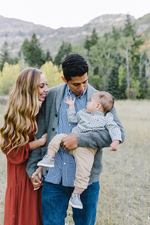 Robledo Family-11.jpg