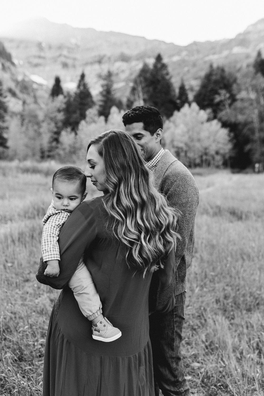 Robledo Family-19.jpg