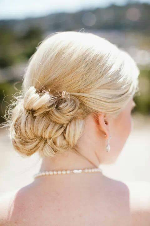 Bridal Hair - Bun.jpg