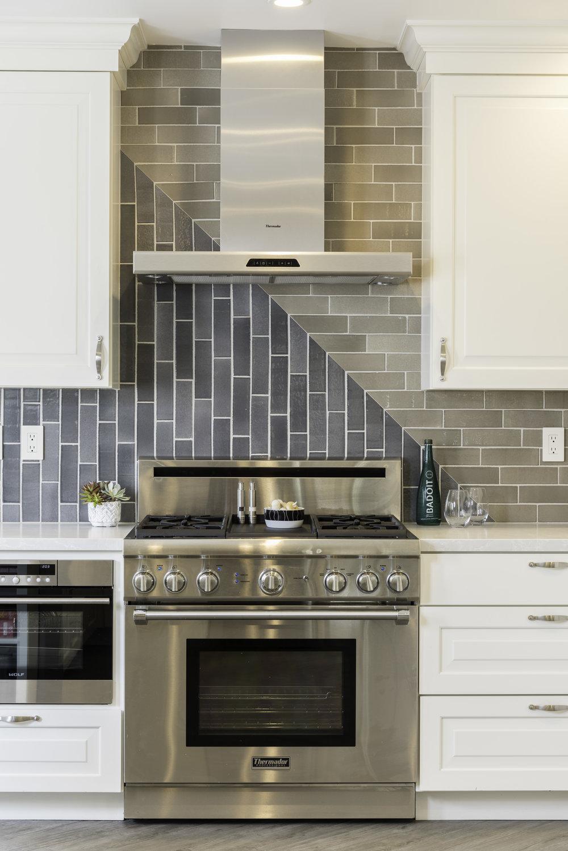 LOCZIdesign - kitchen tile 1495 Masonic-2.jpg
