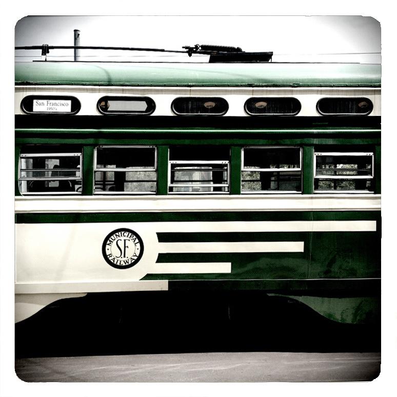 StillRetro-trolley_green.jpg