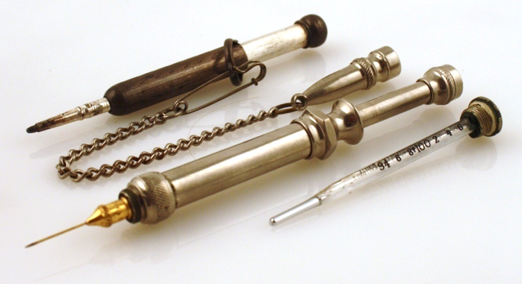 Med Hypodermic - Nurnberg's Practical Combination Thermometer-Hypodermic Syringe-Pencil.png
