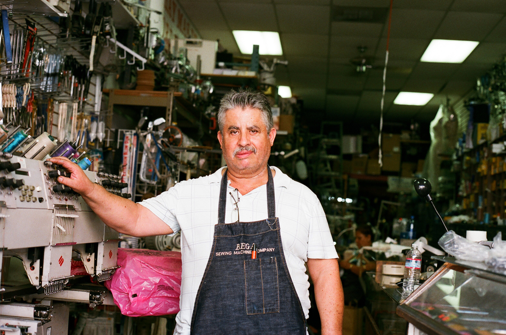 Mario has a passion for sewing machines. Not only does he repair and sell them, he also collects vintage machines. People from all over seek his services and he travels to China once a year to stay updated on the latest trends. 35mm.