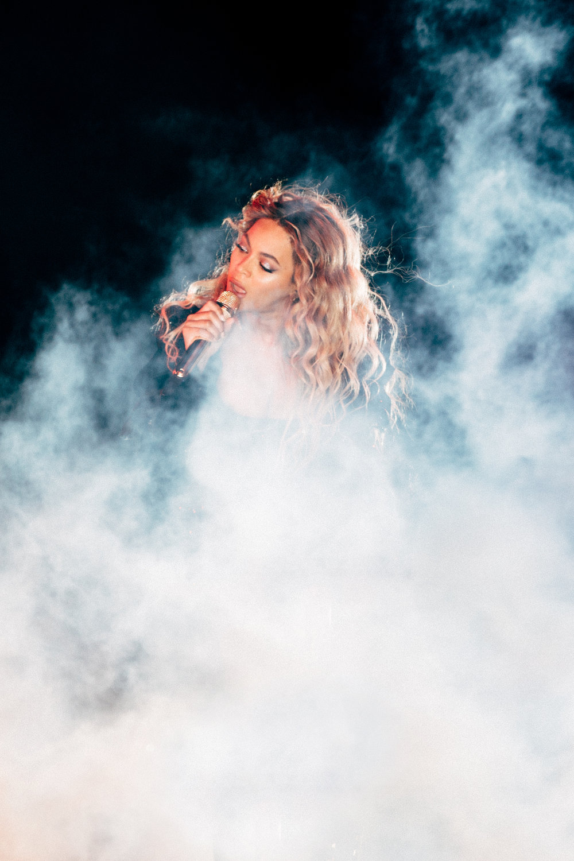 Beyoncé performing in New York City