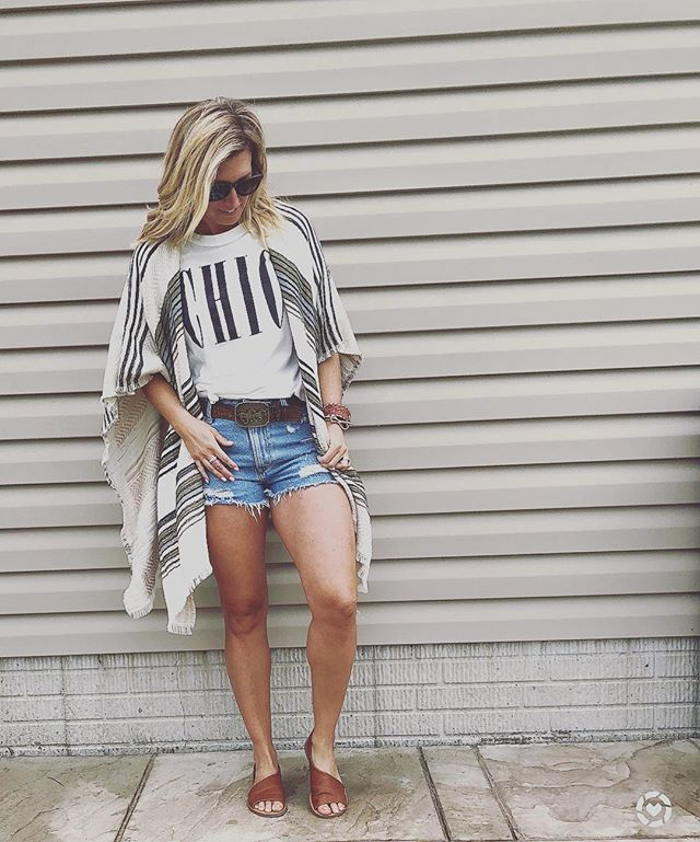 So Chic! 👌🏻 love this kimono and tee combo, which will carry perfectly into Fall! Plus these sandals are so cute and crazy affordable!!! Like to shop!! http://liketk.it/2x6JU #liketkit @liketoknow.it