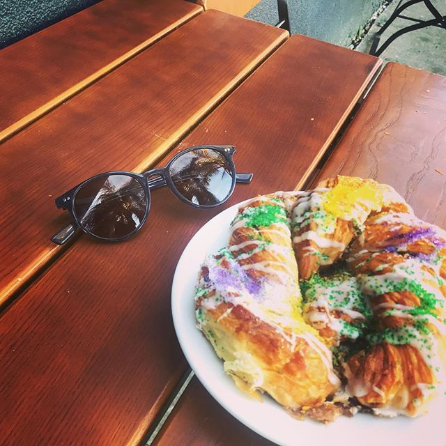 Happy launch day! Currently celebrating the launch (and national croissant day) with a King Cake Croissant from La Boulangerie! #sunglasses #nola