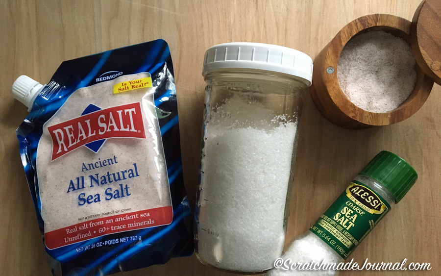 Different salts make a difference! Recommendations & a tutorial for watercolor salt painting - ScratchmadeJournal.com