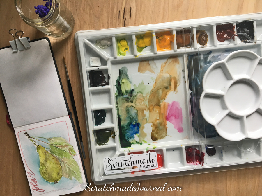 Review of porcelain watercolor palettes - ScratchmadeJournal.com