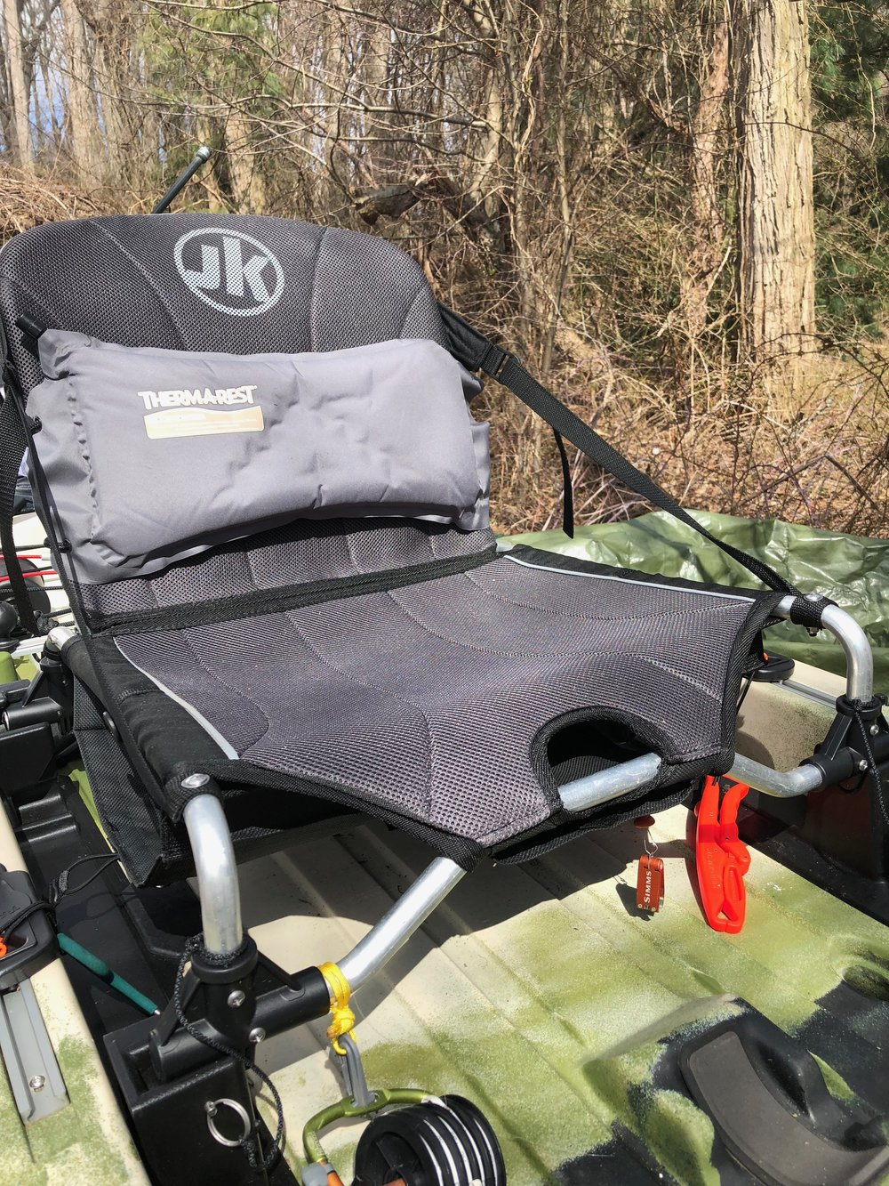 The seat on the Jackson Mayfly is extremely comfortable, height adjustable and has plenty of storage built into it.
