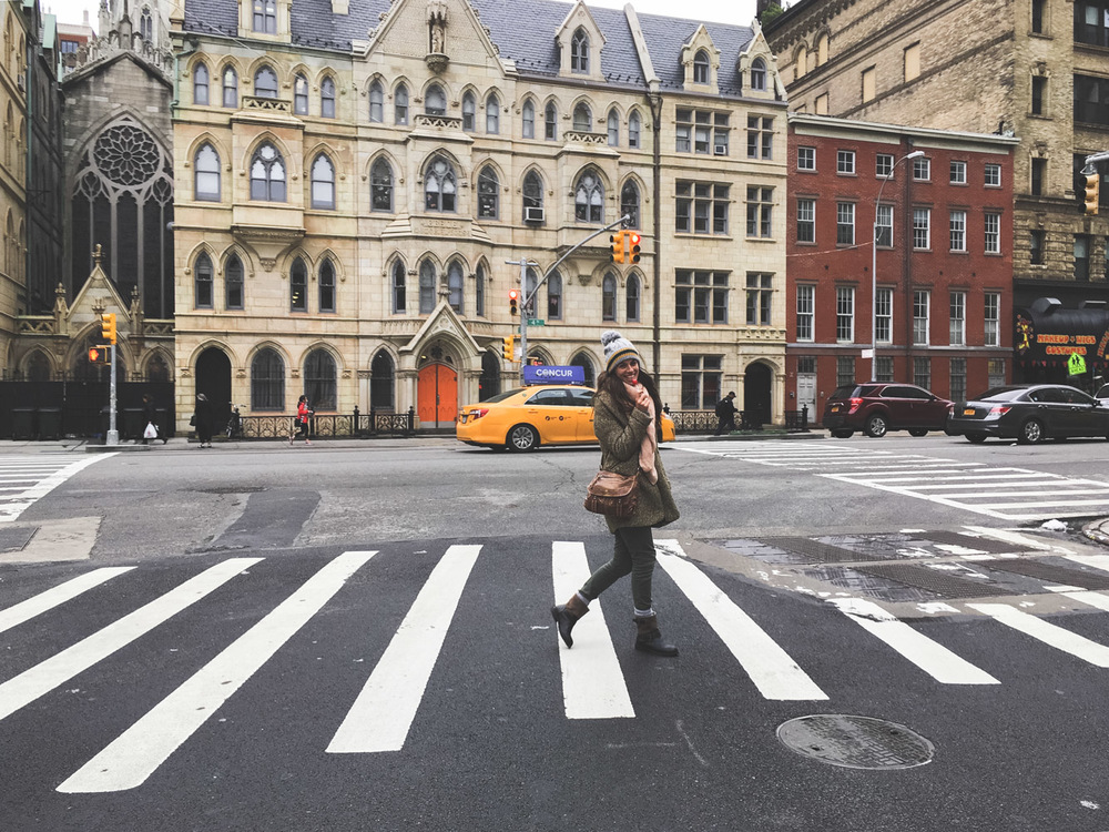 crossing crosswalk new york.jpg