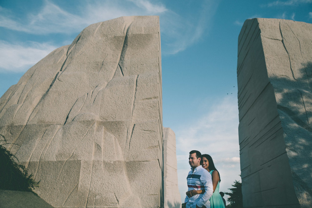 engagement session washington dc mall martin luther king memorial 1.jpg