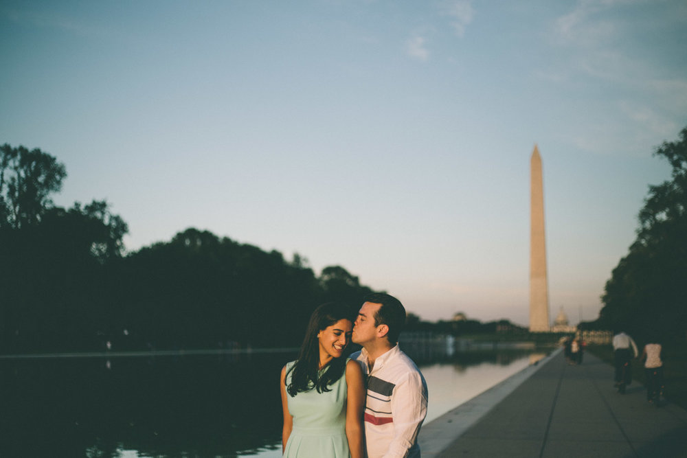 engagement session washington dc mall washington memorial sunset.jpg