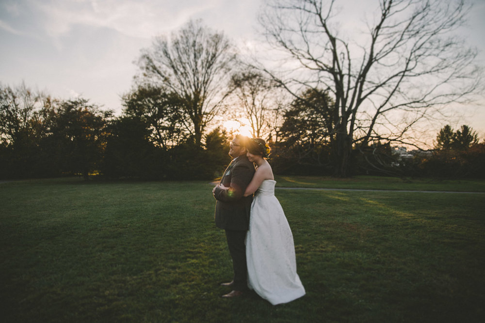cylburn arboretum baltimore wedding bride and groom at sunset.jpg