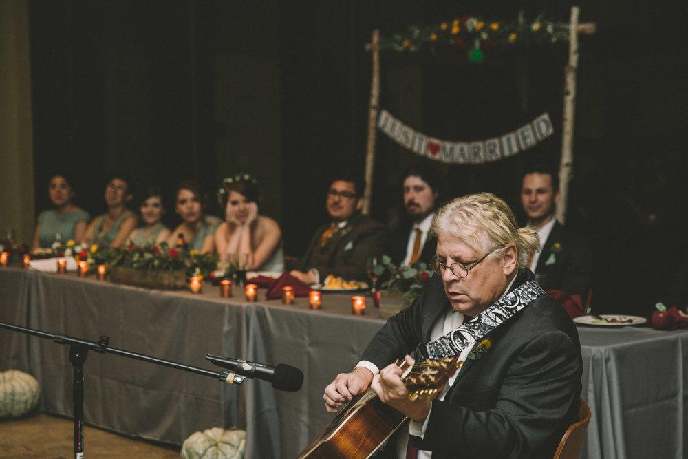 cylburn arboretum baltimore wedding dad playing guitar.jpg
