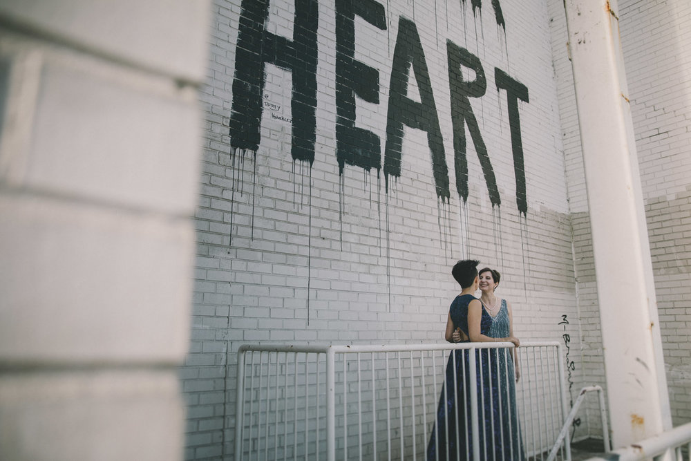 Barbara O Photography dc wedding heart mural union market6.jpg