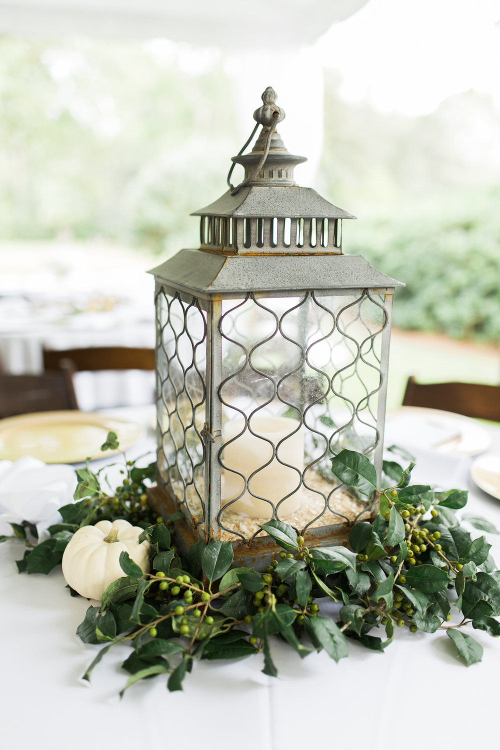 lantern wedding decor, centerpiece