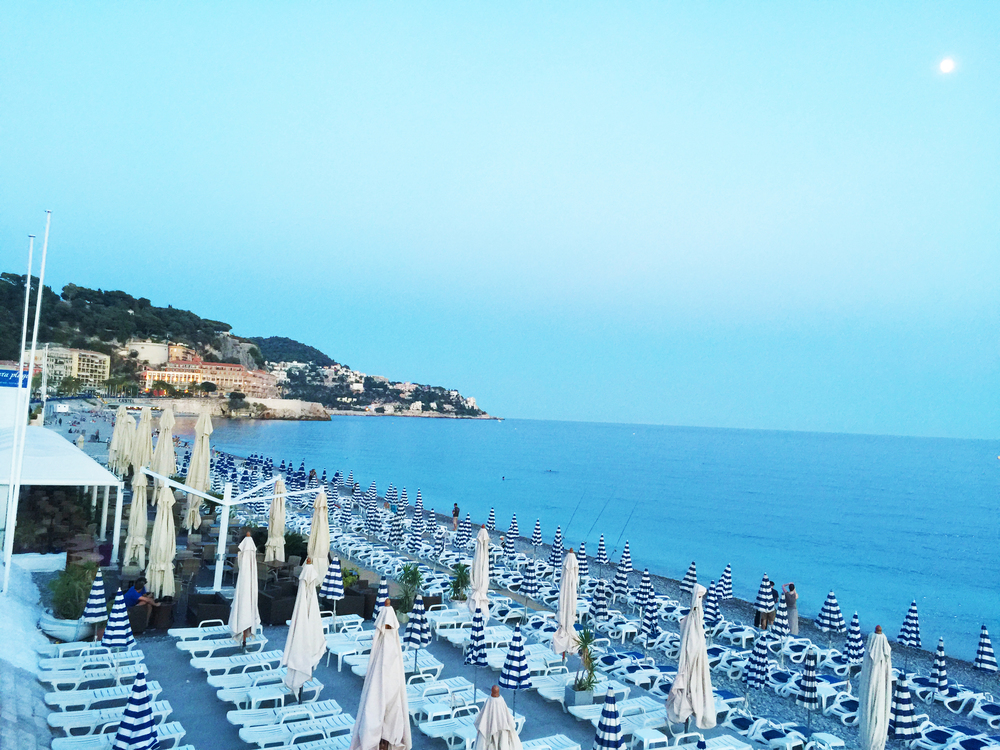 The almost deserted beaches in Nice as the night falls