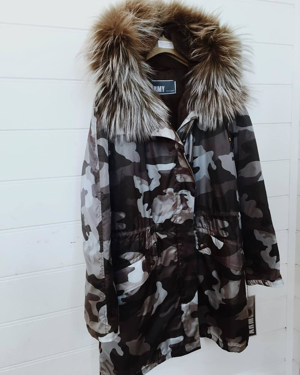 Rainy Autumn days call for new season Army by @yves_salomon 🍁😍 #camo #love #parka #yvessalomon (at GRACE boutique)